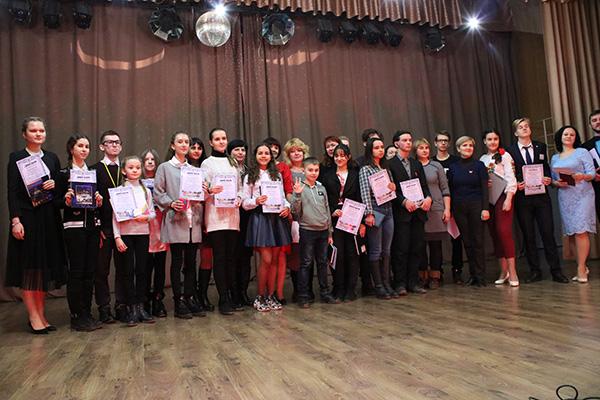 Донецька торгово-промислова палата підтримала конкурс юних журналістів